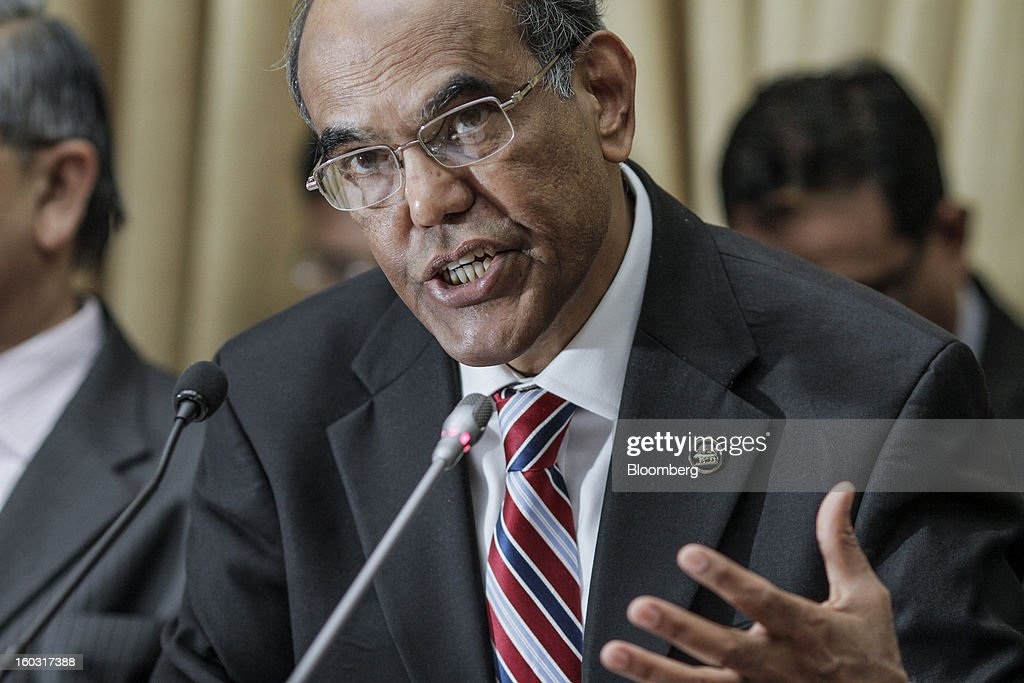 Duvvuri Subbarao, governor of the Reserve Bank of India (RBI), speaks during a news conference in Mumbai, India, on Tuesday, Jan. 29, 2013. India lowered interest rates for the first time since April and cut the amount of deposits lenders must set aside as reserves, easing policy to aid growth as inflation lenders must set aside as reserves, easing policy to aid growth as inflation cools and the government curbs the budget deficit. Photographer: Dhiraj Singh/Bloomberg via Getty Images Duvvuri Subbarao