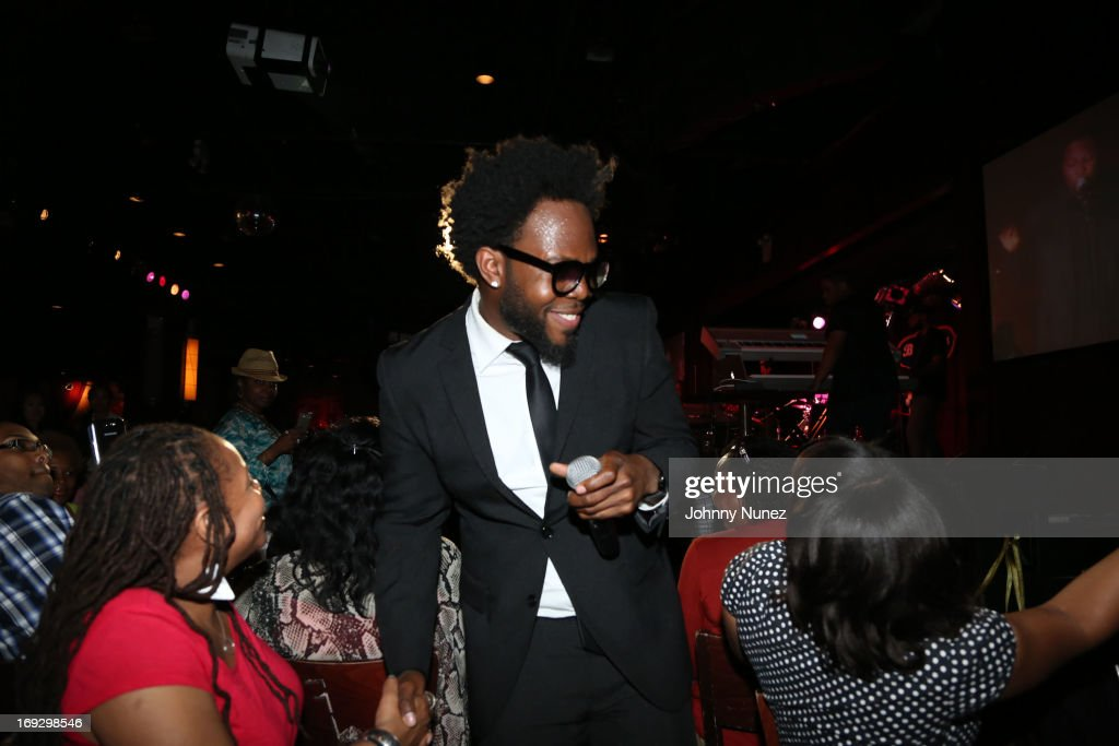 Dwele performs at B.B. King Blues Club & Grill on May 22, 2013 in New York City.