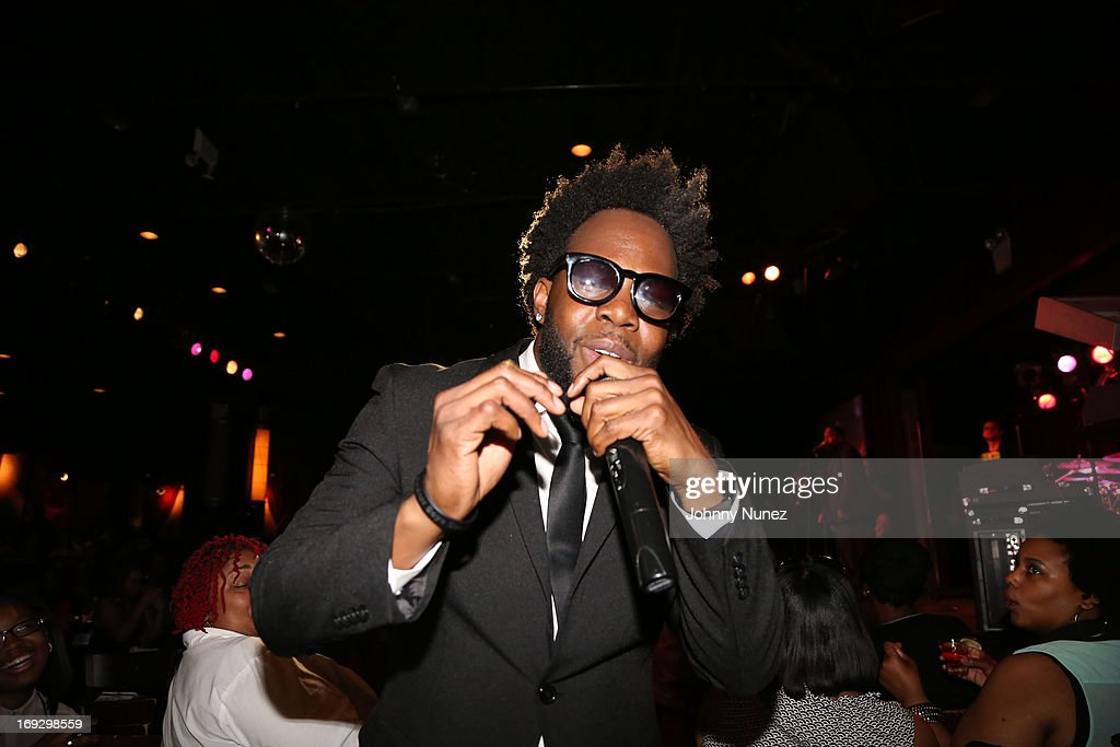 <a gi-track='captionPersonalityLinkClicked' href=/galleries/search?phrase=Dwele&family=editorial&specificpeople=2220806 ng-click='$event.stopPropagation()'>Dwele</a> performs at B.B. King Blues Club & Grill on May 22, 2013 in New York City.