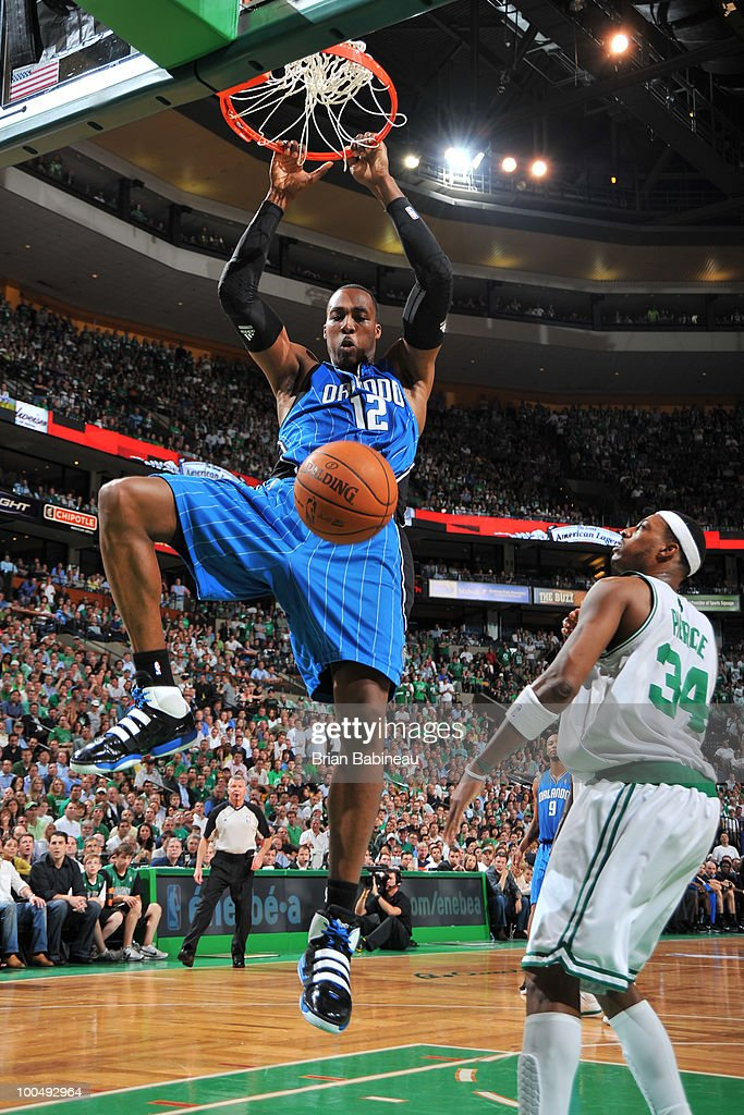 Dwight Howard #12 of the Orlando Magic dunks the ball during the game against the Boston Celtics in Game Four of the Eastern Conference Finals during the 2010 NBA Playoffs at TD Garden on May 24, 2010 in Boston, Massachusetts.