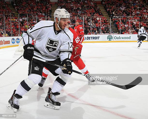 Dwight King of the Los Angeles Kings follows the play against the Detroit Red Wings during a NHL game on October 31 2014 at Joe Louis Arena in...