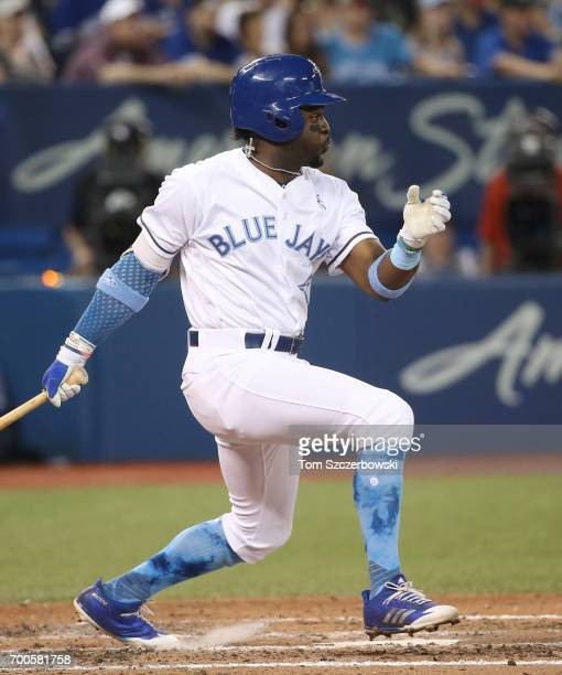 Dwight Smith Jr #15 of the Toronto Blue Jays bats in the fifth inning during MLB game action against the Chicago White Sox at Rogers Centre on June...