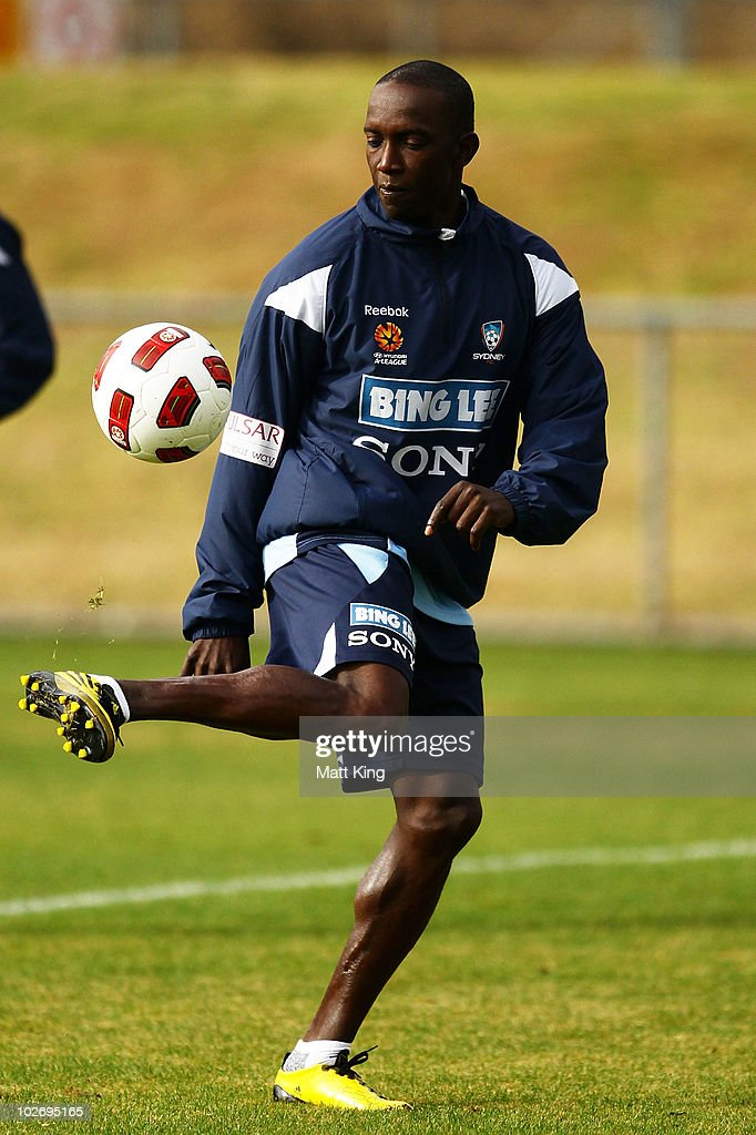 <a gi-track='captionPersonalityLinkClicked' href=/galleries/search?phrase=Dwight+Yorke&family=editorial&specificpeople=206855 ng-click='$event.stopPropagation()'>Dwight Yorke</a> controls the ball during a Sydney FC A-League training session ahead of the Sydney FC v Everton Tour Down Under match on July 10, at Macquarie University Fields on July 8, 2010 in Sydney, Australia.