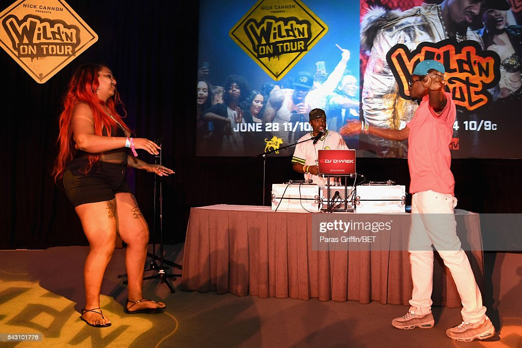 Wrek (C) and audience members perform onstage at MTV Wild N Out live show during the 2016 BET Experience on June 25, 2016 in Los Angeles, California.