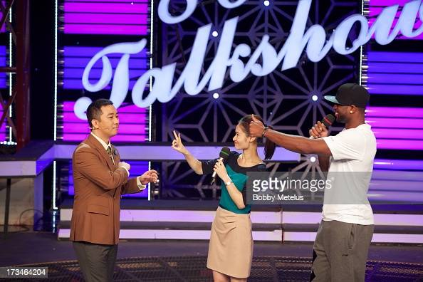 Dwyane Wade and Wang Zijian Dwyane Wade appears on China's No 1 rated talk show the '80's Talk Show' with popular comedian and host Wang Zijian on...