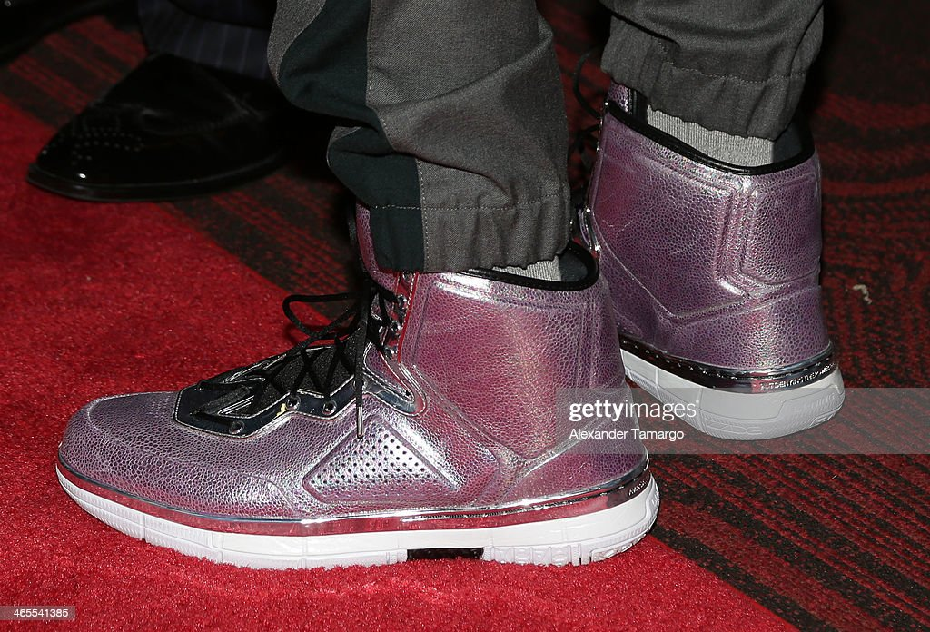 Dwyane Wade arrives at South Beach Battioke 2014 at Fillmore Miami Beach on January 27, 2014 in Miami Beach, Florida.