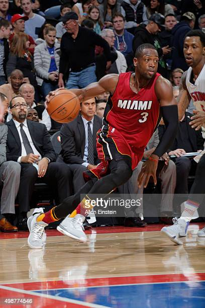 Dwyane Wade of the Miami Heat drives to the basket against the Detroit Pistons of the Detroit Pistons of the Miami during the game on November 25...