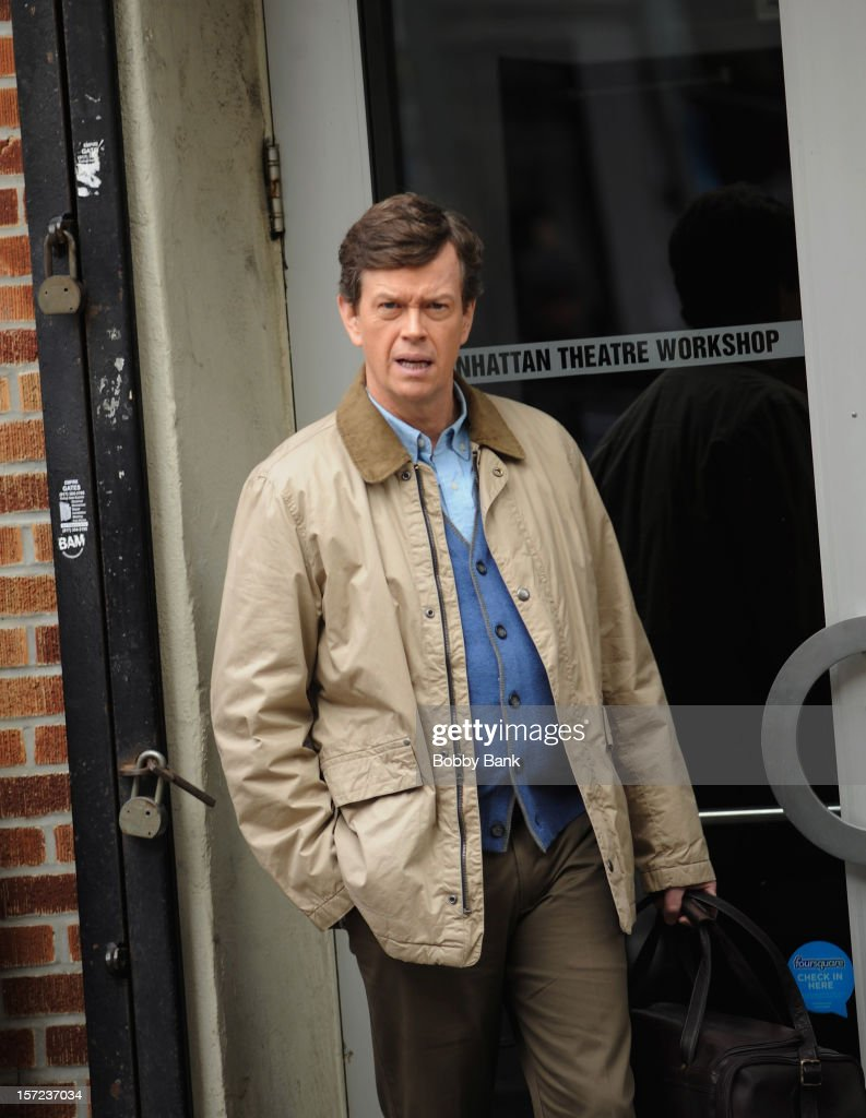 <a gi-track='captionPersonalityLinkClicked' href=/galleries/search?phrase=Dylan+Baker&family=editorial&specificpeople=555989 ng-click='$event.stopPropagation()'>Dylan Baker</a> on location for tv series 'Smash' on November 30, 2012 in New York City.