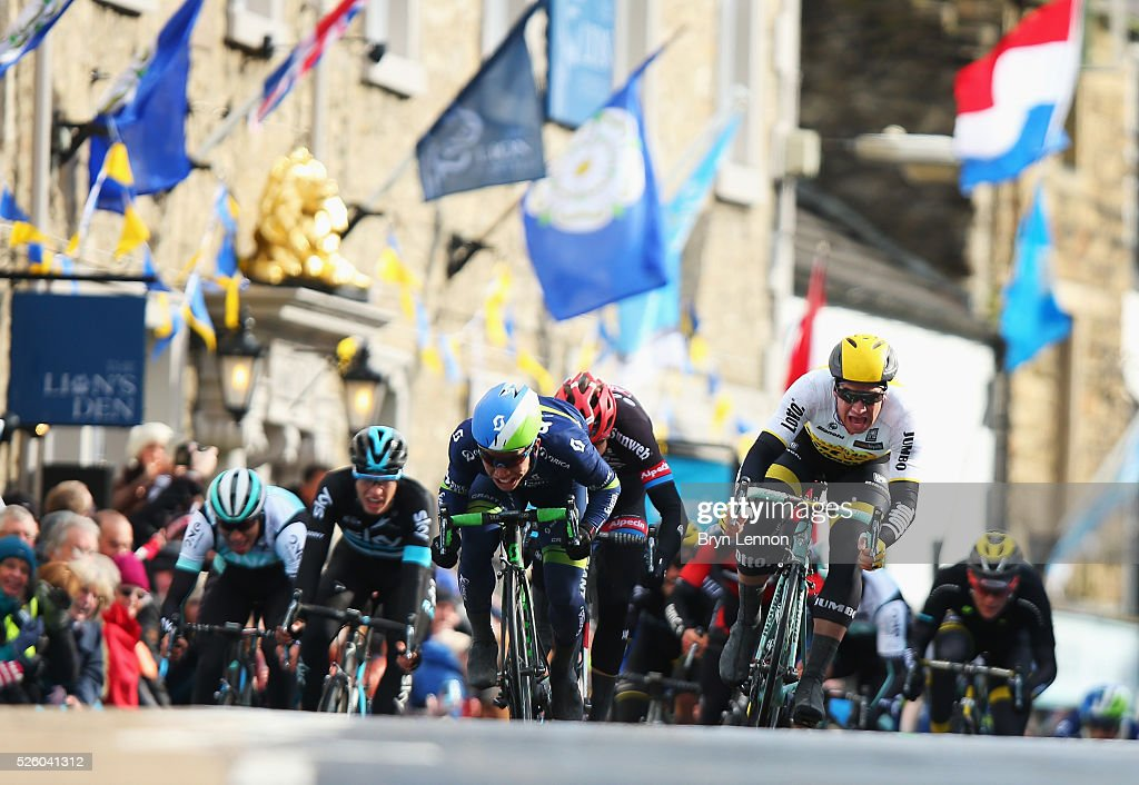 Dylan Groenewegen (R) of Team Lotto NL-Jumbo and the Netherlands sprints to the line on the way to winning the first stage of the 2016 Tour de Yorkshire from Beverley to Settle on April 29, 2016 in Settle, England.