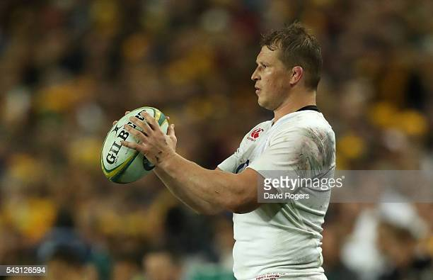 Dylan Hartley of England prepares to throw the ball during the International Test match between the Australian Wallabies and England at Allianz...