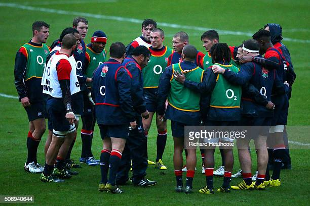 Dylan Hartley the newly appointed Captain speaks with the players during a training session at Pennyhill Park on January 26 2016 in Bagshot England