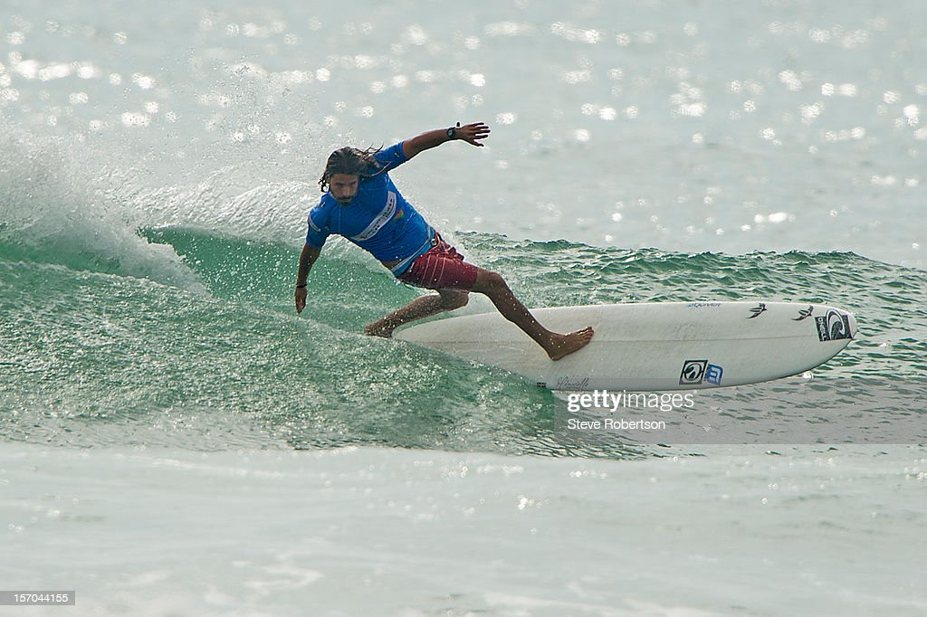 Dylan Maceod from Port Elizabeth in Sth Africa was eliminated in round 3 at the ASP World Longboard Championships on November 28, 2012 in Hainan Island, China. He was defeated by Australian Harley Ingleby