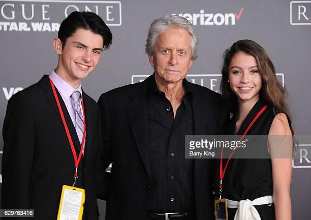 Catherine Zeta-Jones & Michael Douglas Drop Son Dylan Off ... |Dylan Michael Douglas 2014