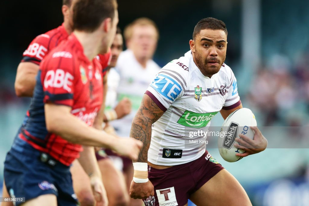 Dylan Walker of the Sea Eagles runs at the defence during the round five NRL match between the Sydney Roosters and the Manly Sea Eagles at Allianz Stadium on March 31, 2017 in Sydney, Australia.