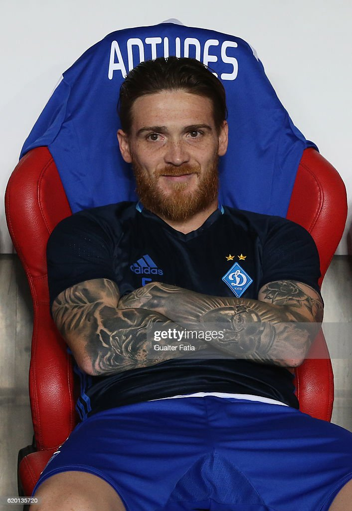 FC Dynamo Kyiv's defender Antunes from Portugal before the start of the UEFA Champions League match between SL Benfica and FC Dynamo Kyiv at Estadio da Luz on November 1, 2016 in Lisbon, Portugal.