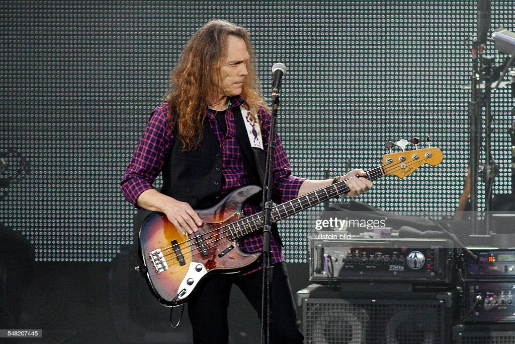 Eagles - Band, rock music, USA - Bassist Timothy B. Schmit performing in Berlin, Germany, Waldbuehne