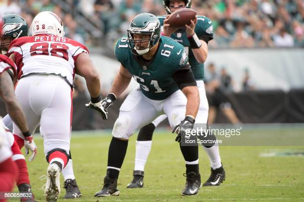 Eagles C Stefen Wisniewski blocks in the first half during the game between the Arizona Cardinals and Philadelphia Eagles on October 08 2017 at...
