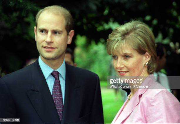 Earl and Countess of Wessex arriving at Television presenter David Frost's Summer Garden Party held in central London 6/12/01 Countess of Wessex...