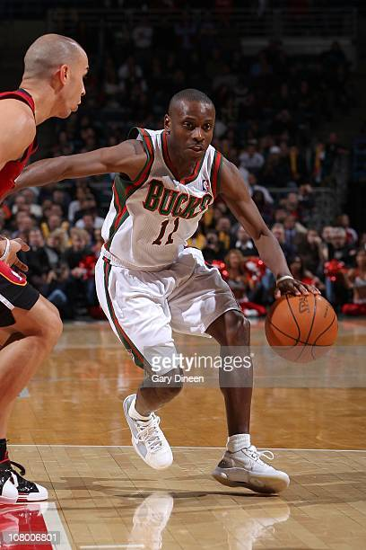 Earl Boykins of the Milwakee Bucks moves the ball against the Miami Heat on January 7 2011 at the Bradley Center in Milwaukee Wisconsin NOTE TO USER...