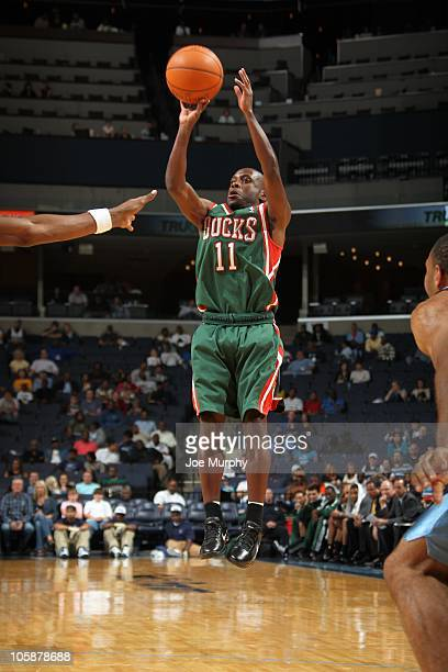 Earl Boykins of the Milwaukee Bucks makes a jump shot during a preseason game against the Memphis Grizzlies on October 16 2010 at the FedExForum in...