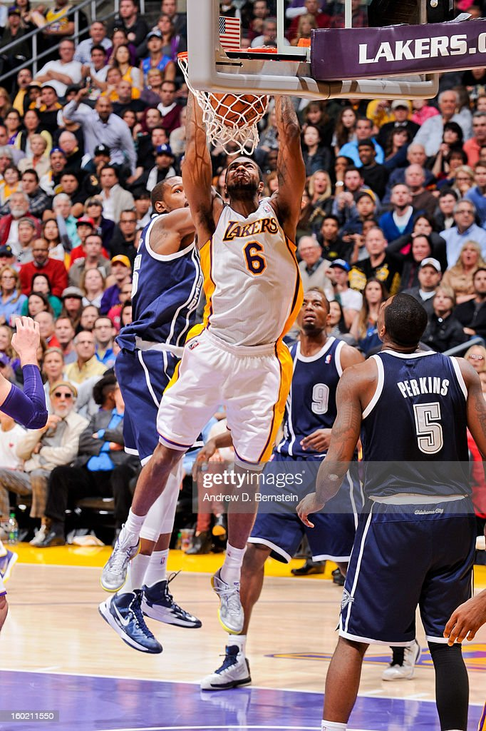 Earl Clark #6 of the Los Angeles Lakers dunks against the Oklahoma City Thunder at Staples Center on January 27, 2013 in Los Angeles, California.