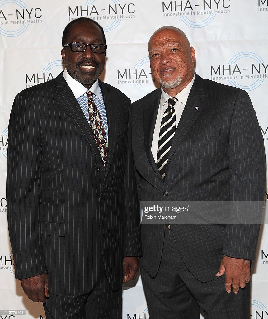 <a gi-track='captionPersonalityLinkClicked' href=/galleries/search?phrase=Earl+Monroe&family=editorial&specificpeople=228507 ng-click='$event.stopPropagation()'>Earl Monroe</a> (L) and AB Whitfield attend Bridges To Mental Health: A Celebration Of Hope Gala at Cipriani 42nd Street on June 5, 2012 in New York City.