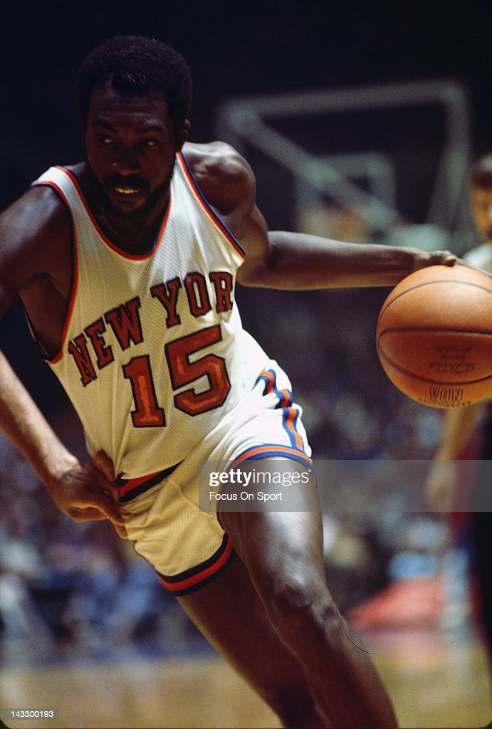 Earl Monroe of the New York Knicks drive with the basketball during an NBA basketball game circa 1977 at Madison Square Garden in the Manhattan...