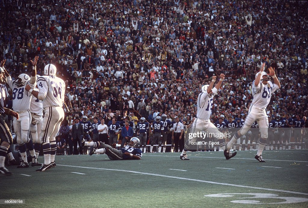 Earl Morrall and Jim O'Brien of the Baltimore Colts celebrates after O'Brien makes a field goal against the Dallas Cowboys during Super Bowl V on...