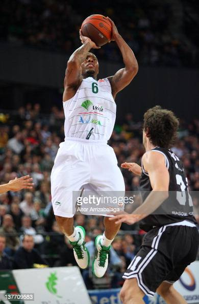Earl Rowland #6 of Unicaja in action during 20112012 Turkish Airlines Euroleague TOP 16 Game Day 2 between Gescrap BB v Unicaja at Bilbao Arena on...