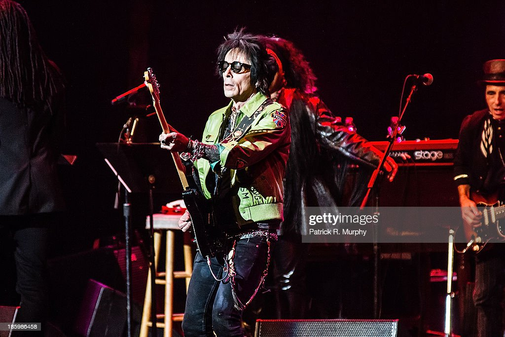 Earl Slick performs at the 18th annual Music Masters series honoring The Rolling Stones at the State Theatre on October 26, 2013 in Cleveland, Ohio.