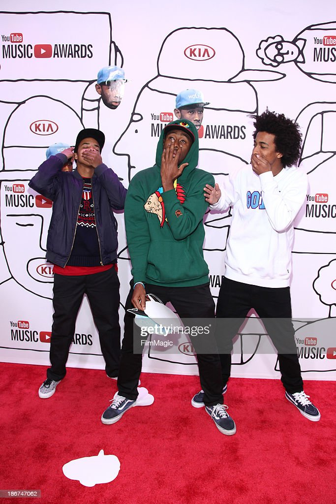 <a gi-track='captionPersonalityLinkClicked' href=/galleries/search?phrase=Earl+Sweatshirt&family=editorial&specificpeople=9601494 ng-click='$event.stopPropagation()'>Earl Sweatshirt</a>, Tyler The Creator and <a gi-track='captionPersonalityLinkClicked' href=/galleries/search?phrase=Taco+Bennett&family=editorial&specificpeople=9332426 ng-click='$event.stopPropagation()'>Taco Bennett</a> attend the YouTube Music Awards 2013 on November 3, 2013 in New York City.