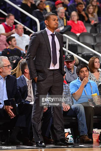 Earl Watson of the Phoenix Suns is seen during the game against the Houston Rockets on February 4 2016 at US Airways Center in Phoenix Arizona NOTE...