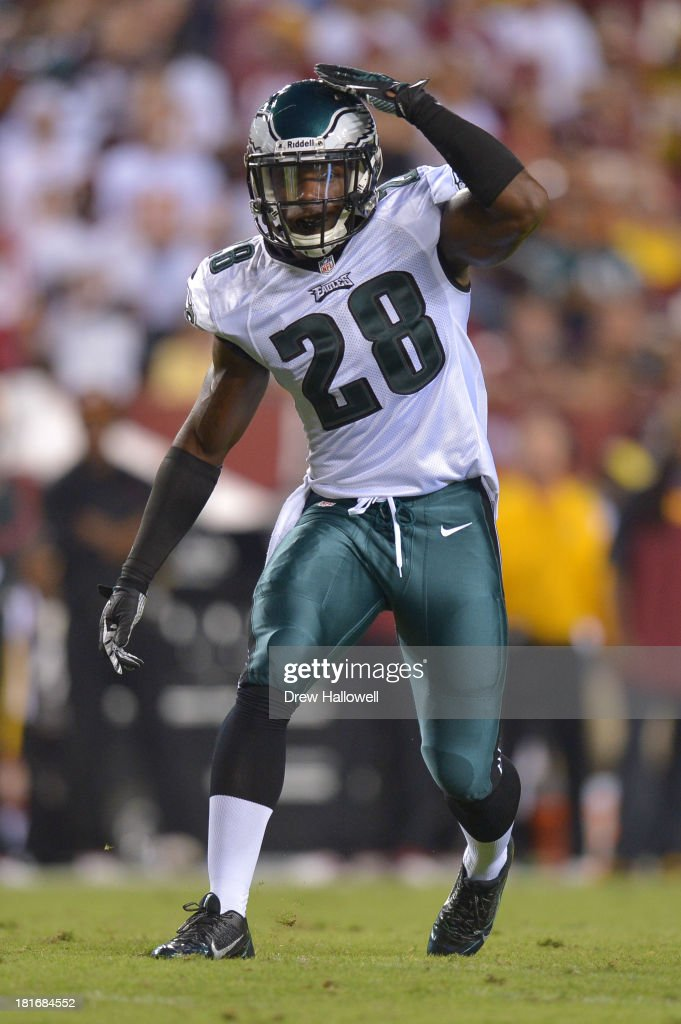 <a gi-track='captionPersonalityLinkClicked' href=/galleries/search?phrase=Earl+Wolff&family=editorial&specificpeople=6379729 ng-click='$event.stopPropagation()'>Earl Wolff</a> #28 of the Philadelphia Eagles signals against the Washington Redskins at FedEx Field on September 9, 2013 in Landover, Maryland. The Eagles won 33-27.