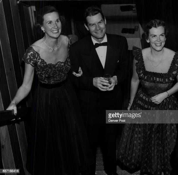 Early arrivals at the Denver Law Club party included Mr and Mrs Barkley Clanahan and Mr and Mrs Walter Steele Mr Steele was chairman of the dinner...