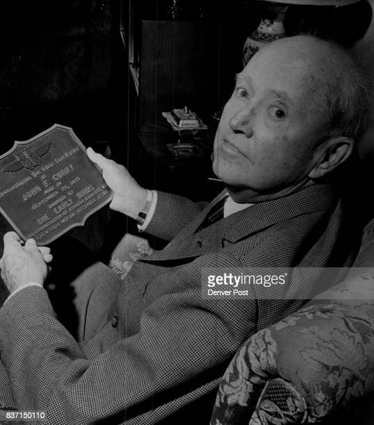 SEP 18 1965 SEP 20 1965 'Early Bird' Had Wings in '16 Maj Gen John F Curry of 520 Elm St displays the plaque he received from the Early Birds of...