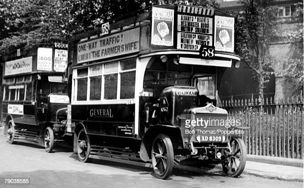 Early London bus with open top deck circa 1920
