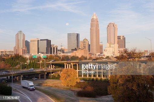 早朝の Charlotte 、NC