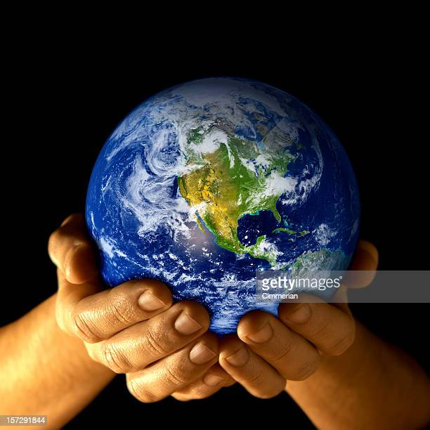 Earth in my hands - 4