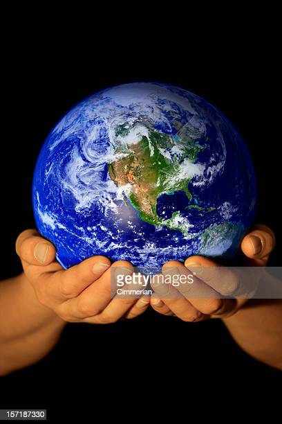 Earth in my hands - America