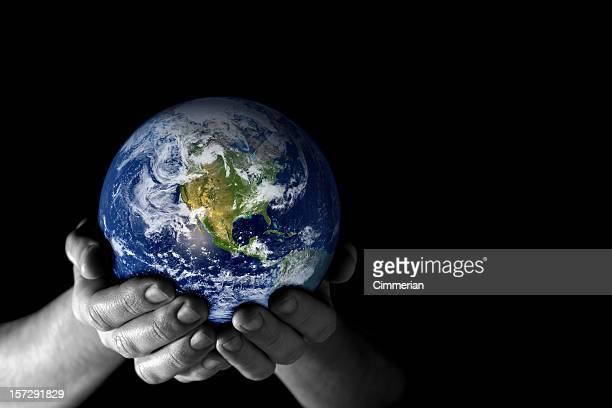 Terra nella mia mano (colore - 3