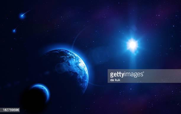 アース、太陽と月