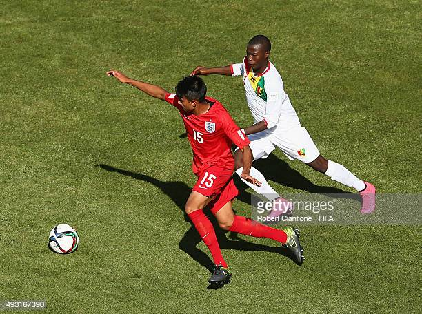 Easah Suliman of England runs with the ball during the FIFA U17 World Cup Group B match between England and Guinea at Estadio Francisco Sanchez...