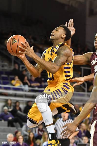 NCAA BASKETBALL: DEC 15 Charleston at East Carolina ...