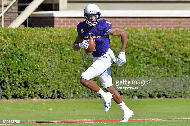 East Carolina Pirates wide receiver Zay Jones catches a pass during an NCAA football game between the East Carolina Pirates and SMU Mustangs on...