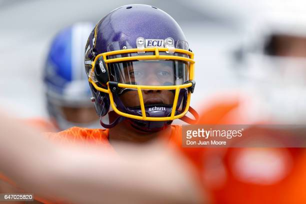 East Carolina Wide Receiver Zay Jones of the North Team during the 2017 Resse's Senior Bowl at LaddPeebles Stadium on January 28 2017 in Mobile...