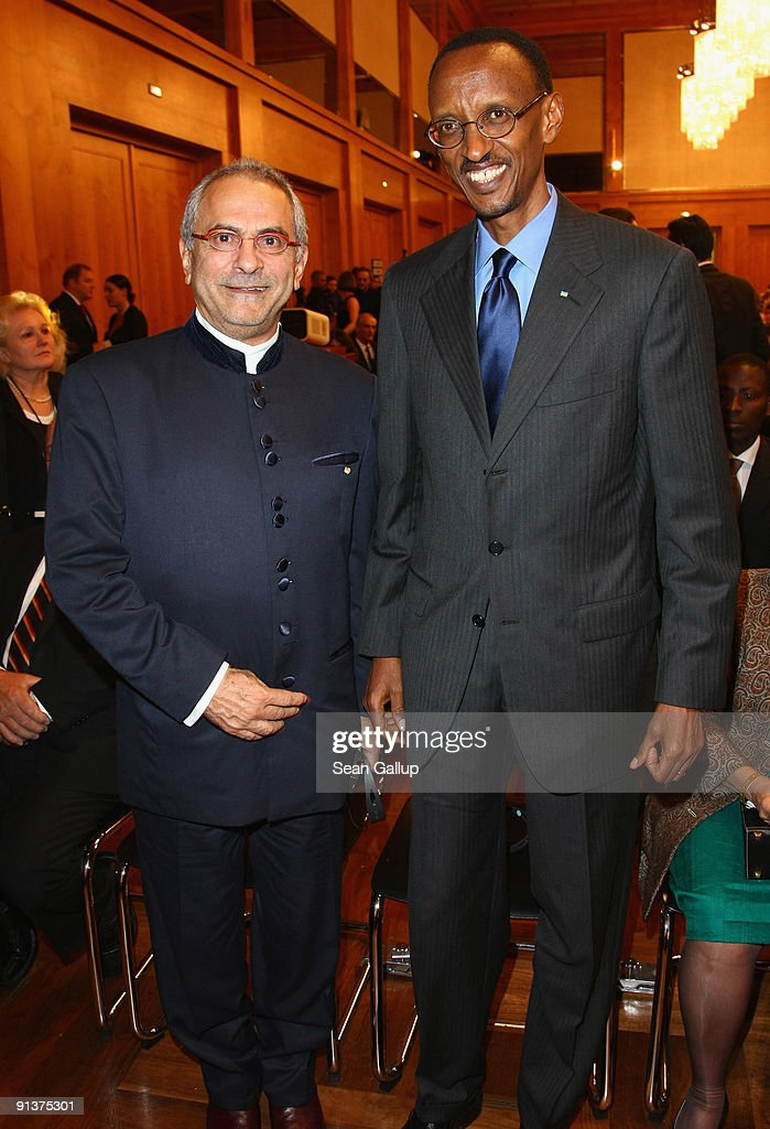 East Timor President <a gi-track='captionPersonalityLinkClicked' href=/galleries/search?phrase=Jose+Ramos-Horta&family=editorial&specificpeople=537701 ng-click='$event.stopPropagation()'>Jose Ramos-Horta</a> (L) and Rwandan President <a gi-track='captionPersonalityLinkClicked' href=/galleries/search?phrase=Paul+Kagame&family=editorial&specificpeople=601832 ng-click='$event.stopPropagation()'>Paul Kagame</a> attend the 2009 Quadriga Awards on October 3, 2009 in Berlin, Germany.