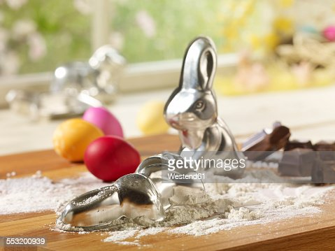 Eastern, Easter bunny baking dish and flour