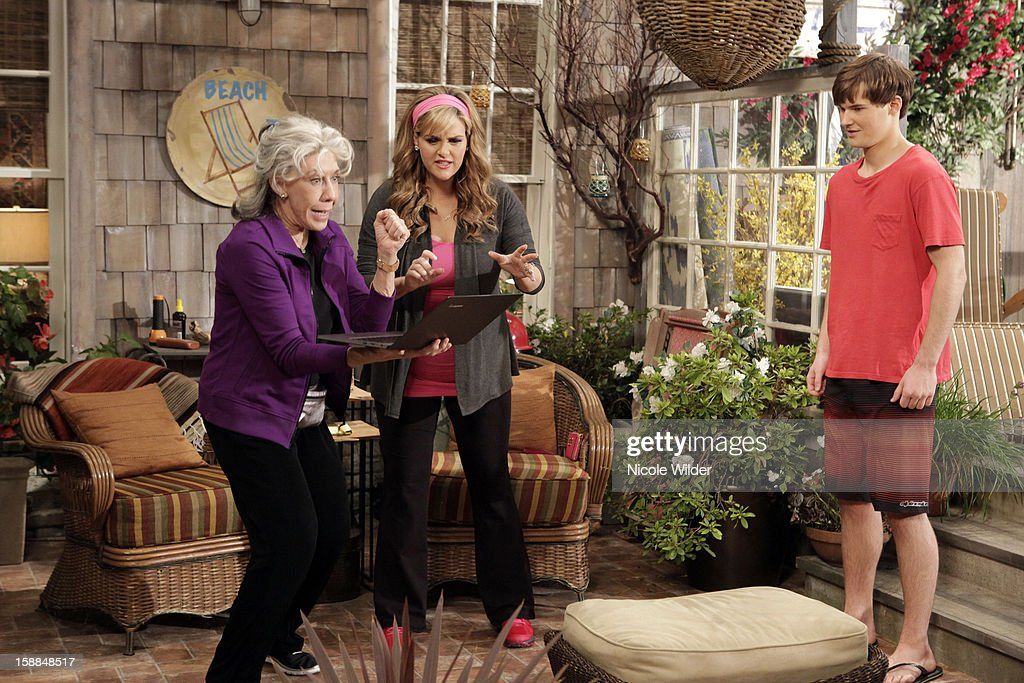 COUNTRY - 'Easy Money' - June lands that coveted meeting with Mr. Bata that Reba has been working for months to get. Meanwhile, Lillie Mae and Kim hit pay dirt when they discover Cash's innate ability to make winning horseracing picks, on 'Malibu Country,' FRIDAY, JANUARY 18 (8:31-9:00 p.m., ET) on the ABC Television Network. LILY