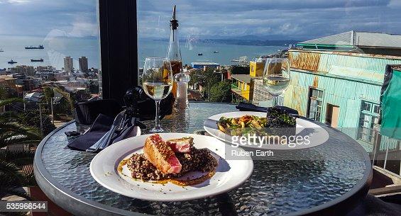 Eating at the restaurante terrace in Valparaiso : Stock Photo