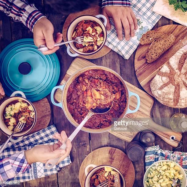 食べるチリ Goulash シチュー、カボチャ、マッシュルーム